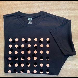 UNIQLO XL T -Shirt NWOT